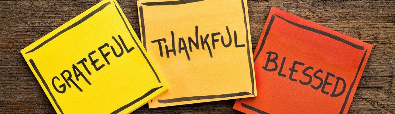 words 'Grateful, Thankful, Blessed' written on notes